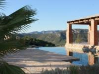 Villa La Coveta 1087clf 649,950 E