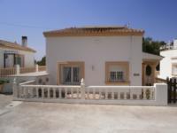 Villa Di Piscina 1453 195,000 Euros