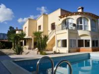 Villa Elena 1526clf 259,000 Euros