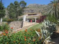 Villa Francaise 1457pep 450,000 Euros