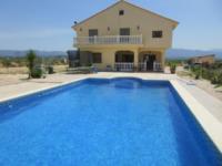 Villa Sue 1502clf 180,000 Euros