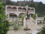 Villa Elegante 1147clf 585,000 Euros
